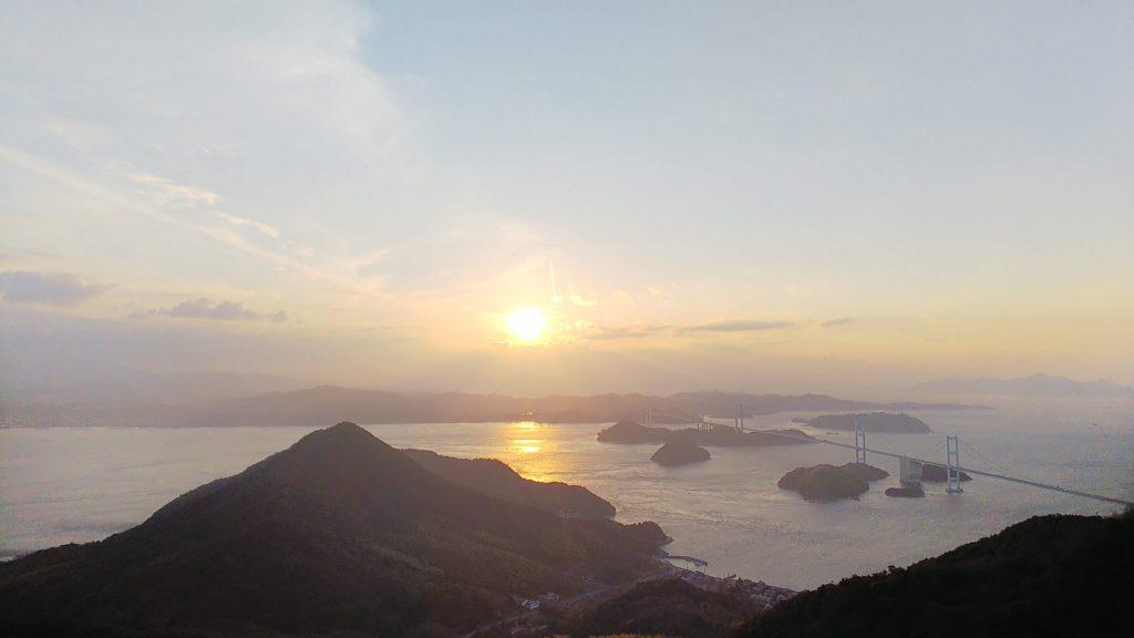 亀老山展望台風景